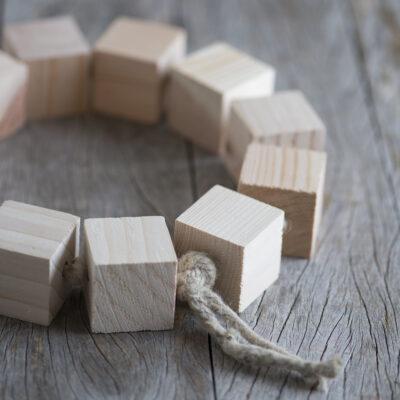 Dessous de plat cubes en bois2