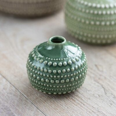 Vase en céramique pointillé