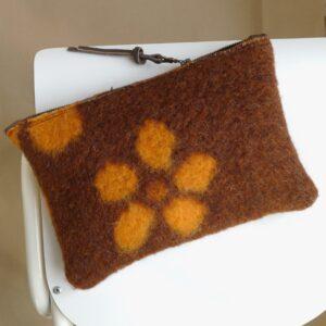Pochette en laine by MADELEINE & GUSTAVE